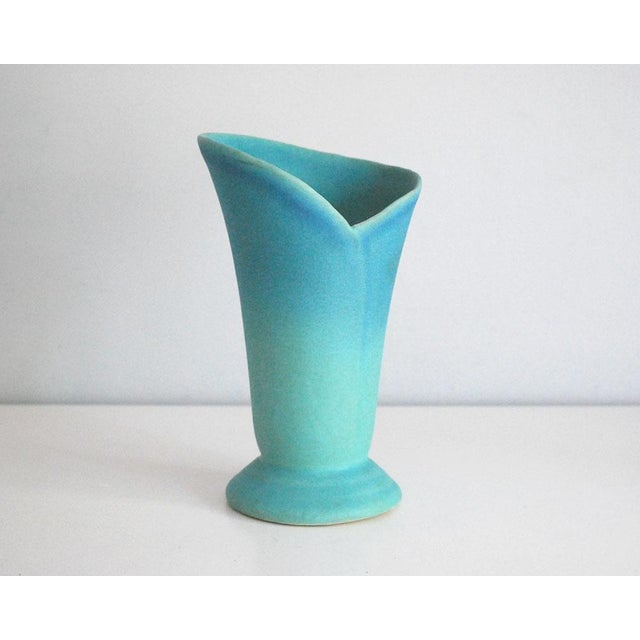 Ceramic Mid-Century Modern Van Briggle Pottery Turquoise Wrap Vase For Sale - Image 7 of 7