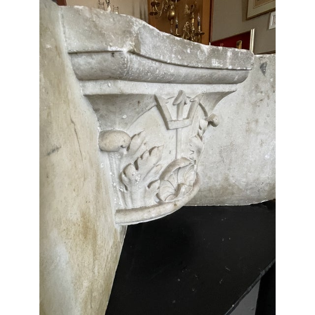 Antique Renaissance Era Marble Cornice Section Poseidon Trident Over Sea Shell For Sale In Minneapolis - Image 6 of 13