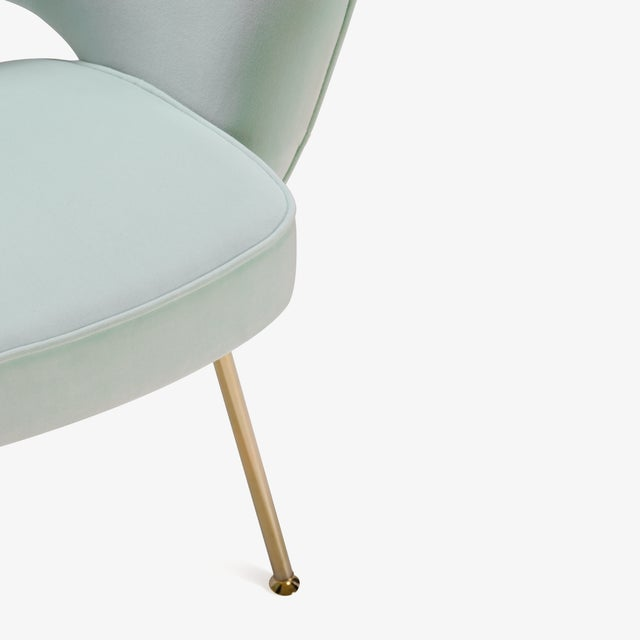 Saarinen Executive Arm Chairs in Mint Velvet, 24k Gold Edition - Set of 6 - Image 8 of 10
