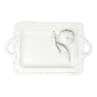 Cabbage Border Small Tray w/ Peas & Garlic in Lacquer White For Sale