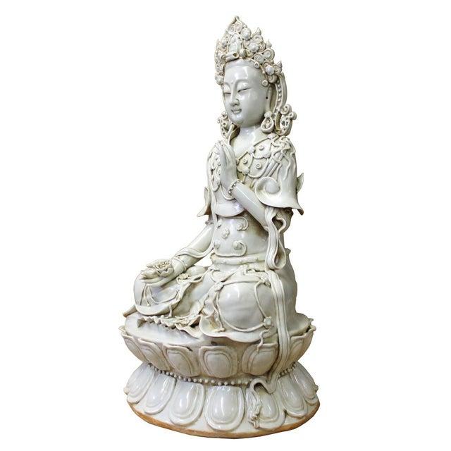 Tong Style Porcelain Kwan Yin Tara Bodhisattva Statue - Image 6 of 7
