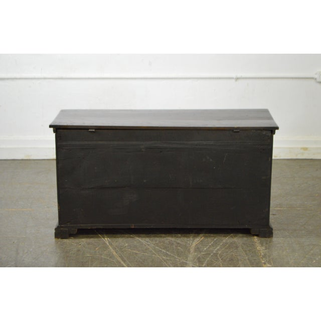 Antique 18th Century Oak Lidded Chest Coffer For Sale - Image 4 of 10