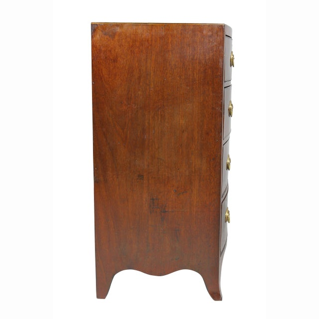 Gold George III Mahogany and Inlaid Bowfront Chest of Drawers For Sale - Image 8 of 11