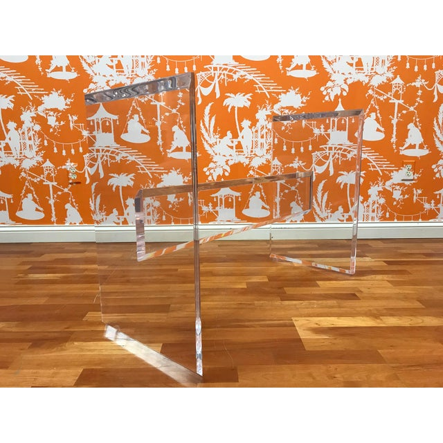 Contemporary 1980s Minimalist Glass & Lucite Acrylic Dining Table Contemporary Modern For Sale - Image 3 of 9