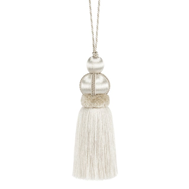 "Ivory Key Tassel With Cut Ruche - Tassel Height 5.75"" For Sale - Image 4 of 4"