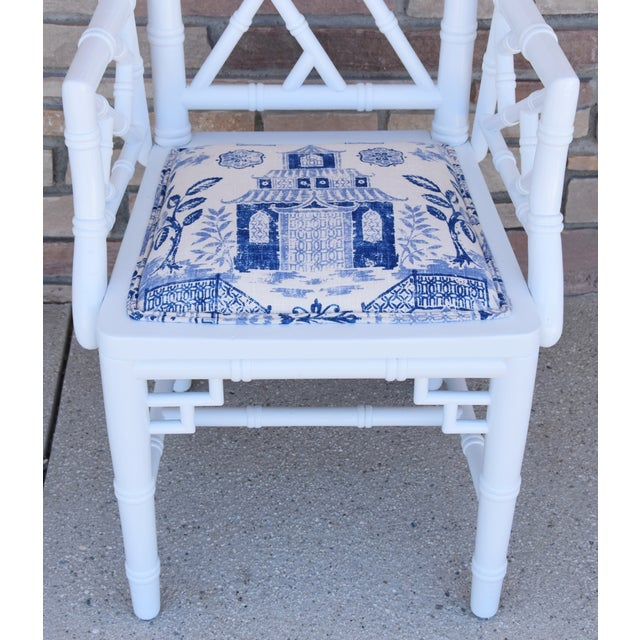Fabric 1950s Chinoiserie Faux-Bamboo Chippendale-Style Dinning Armchairs - Set of 6 For Sale - Image 7 of 13