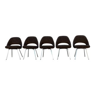 Eero Saarinen for Knoll Executive Armless Chairs- Set of 5 For Sale