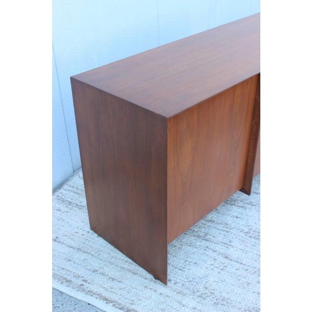 Robsjohn-Gibbings Modernist Walnut Credenza For Sale - Image 9 of 13