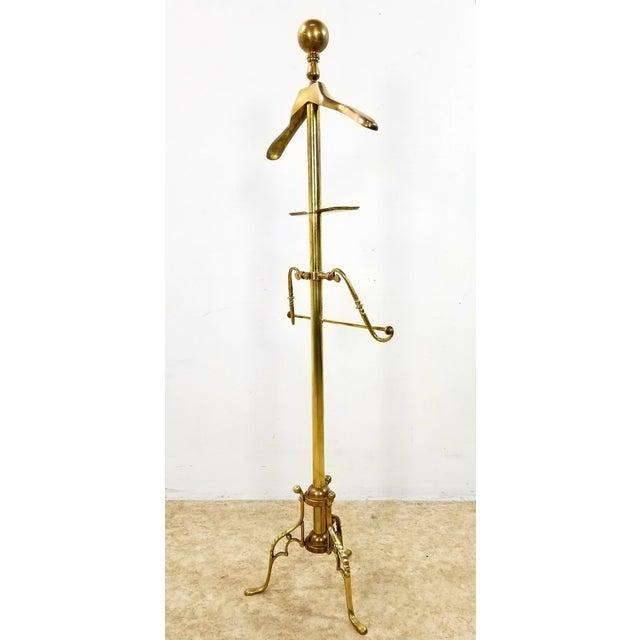 1960s Hollywood Regency Gentleman Brass Valet For Sale - Image 12 of 13