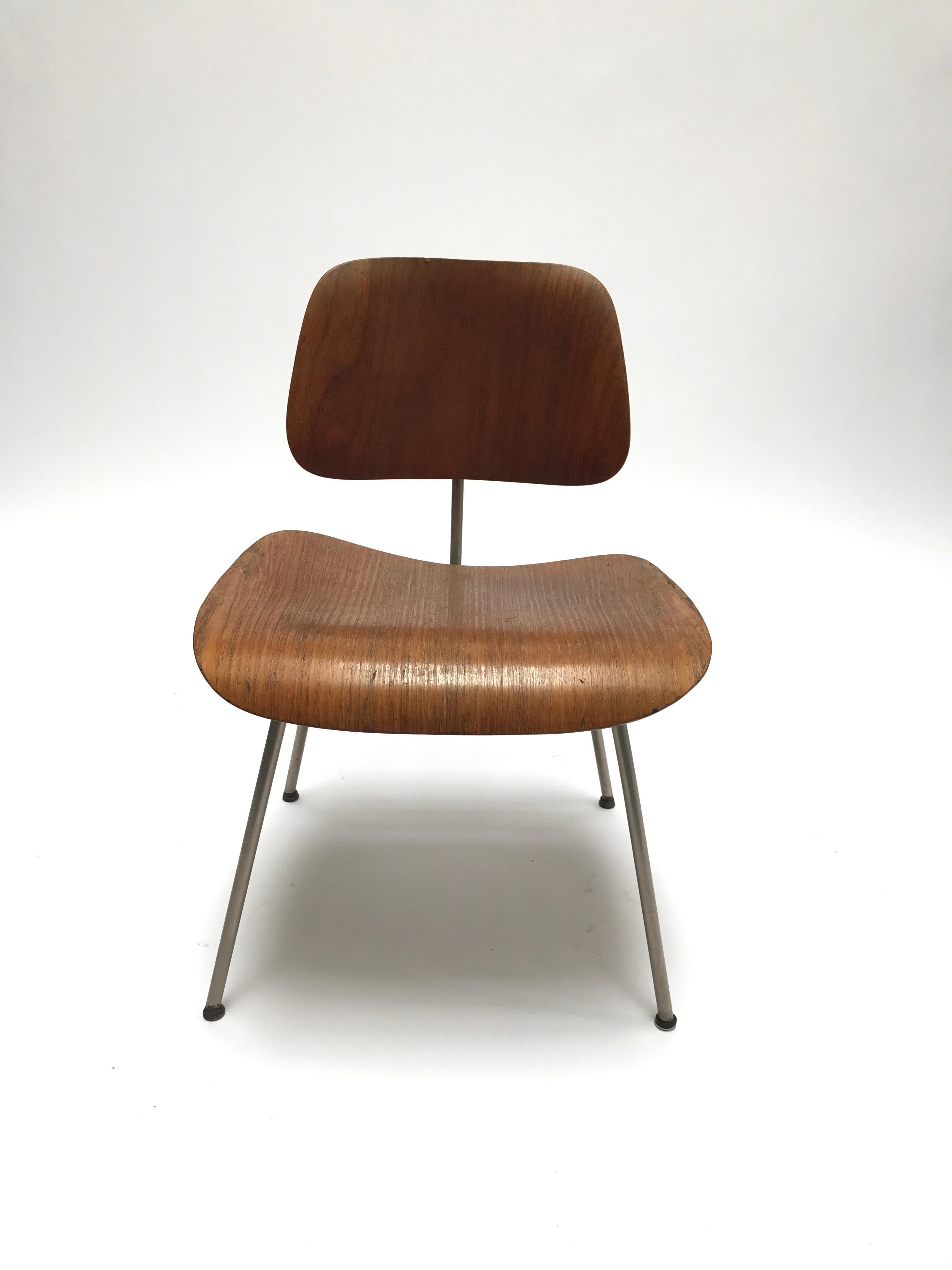 Herman Miller Vintage Eames DCM Herman Miller Chair For Sale   Image 4 Of 11