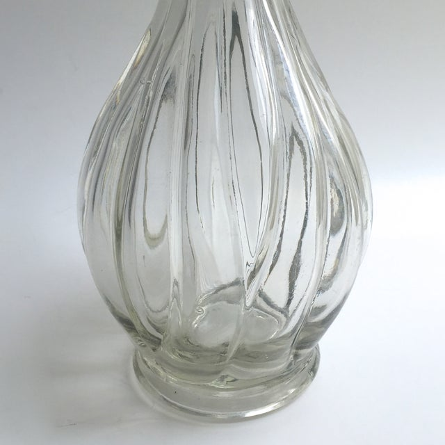 Traditional 19th Century English Glass Decanter For Sale - Image 3 of 6