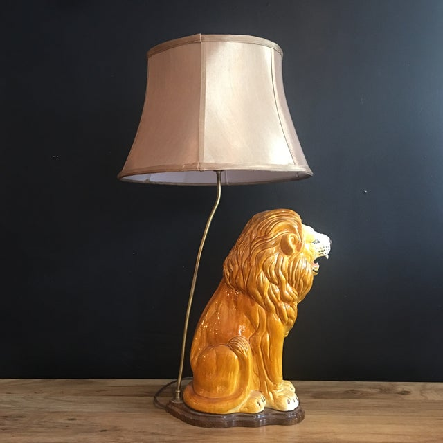 Large Italian Hand-Painted Porcelain Lion Sculpture Mounted Lamp For Sale - Image 4 of 12