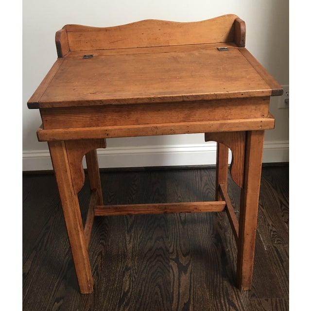 Antique Country Pine Slant Top Children's School Desk - Image 3 of 11