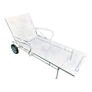 Van Sciver Company Mid-Century White Iron Chaise Lounge Woodard Style For Sale