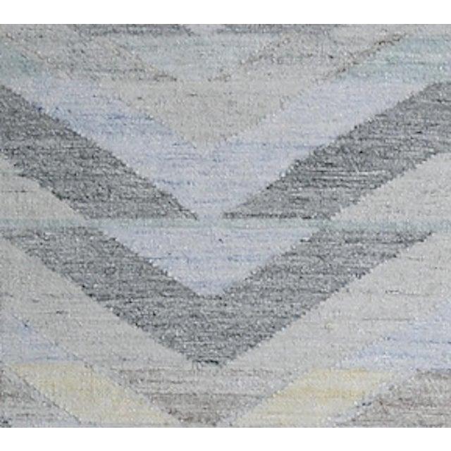 Schumacher Schumacher Patterson Flynn Martin Solona Hand Woven Geometric Rug For Sale - Image 4 of 5