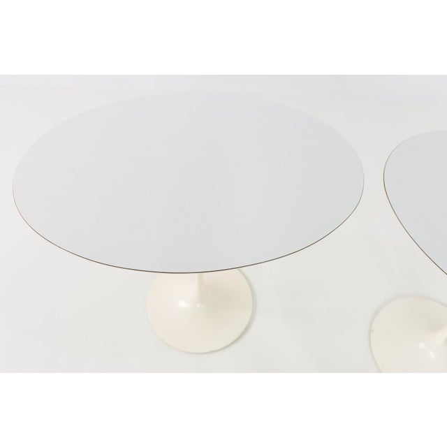 1960s Mid Century Modern Eero Saarinen for Knoll Oval Tulip Side Tables - a Pair For Sale In Chicago - Image 6 of 9