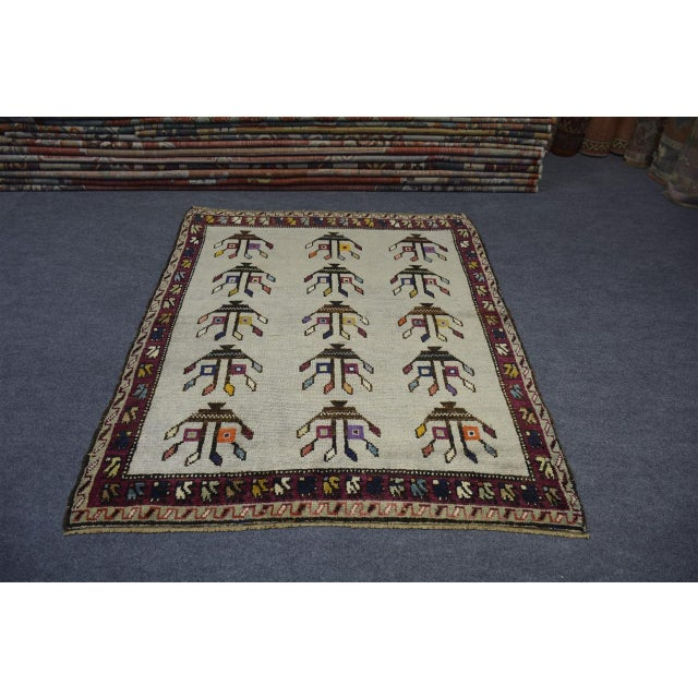•Size: 2'7″x4'3″ feet ** 080×130 cm •Material : Wool & Wool •Age: Old Rug •The rug is clean and ready for use. •There is...