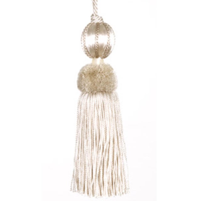 """Traditional Cream & Ivory Beaded Key Tassel - 4.5"""" For Sale - Image 3 of 4"""