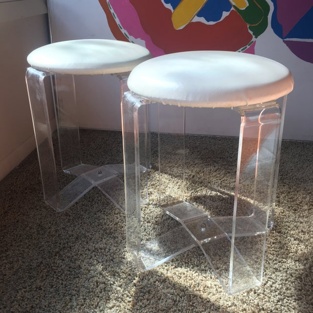 1970s Mid-Century Modern Lucite Vanity Stools- a Pair For Sale - Image 5 of 13