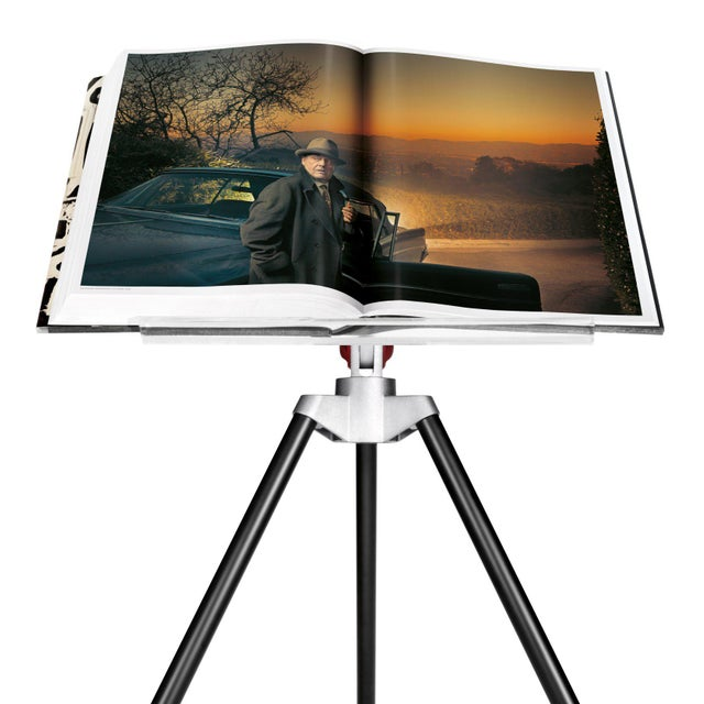 Red TASCHEN Books, Autographed Annie Leibovitz Portrait Collection - David Byrne, 1986 Cover. Collector's Edition with Book Stand For Sale - Image 8 of 11