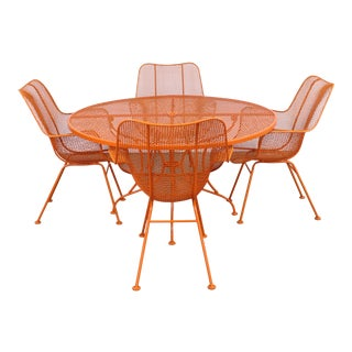 Mid-Century Modern Woodard Table and 4 Sculptura Chairs For Sale