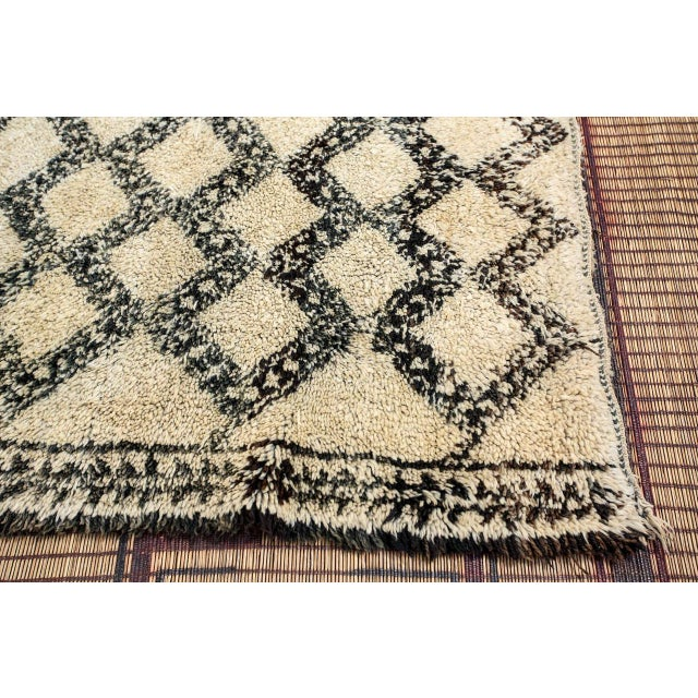 Islamic Vintage Moroccan Beni Ouarain Shaggy Tribal Rug North Africa For Sale - Image 3 of 9
