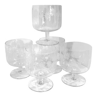 Vintage Daisy Floral Etched Footed Clear Crystal Dessert Sherbet Cups - Set of 5 For Sale