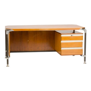 1960s Italian Ico Parisi Veenered Walnut Writing Desk For Sale
