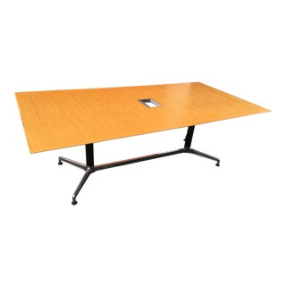 1980s Mid-Century Modern Herman Miller Conference Table For Sale