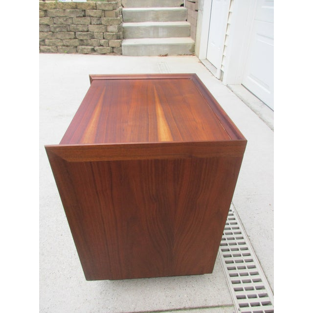 Contemporary Dillingham Esprit Nightstand For Sale - Image 3 of 12
