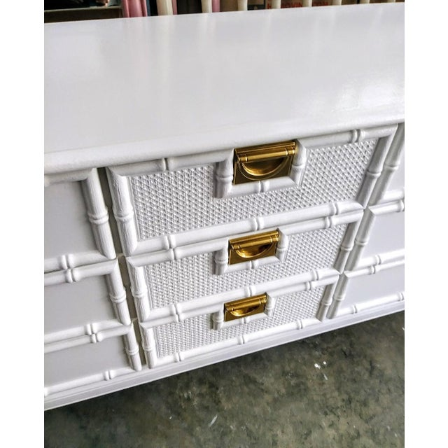 Brass Stanley Faux Bamboo Palm Beach Regency White Gloss Campaign Style 9 Drawer Dresser For Sale - Image 7 of 9
