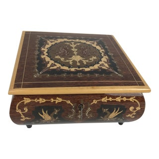 1980s Moroccan Wooden Inlaid Keyed Trinket Jewelry Box For Sale