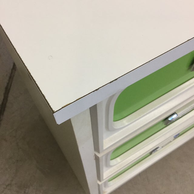 Green Mid Century Lime Green & White 9 Drawer Dresser For Sale - Image 8 of 13