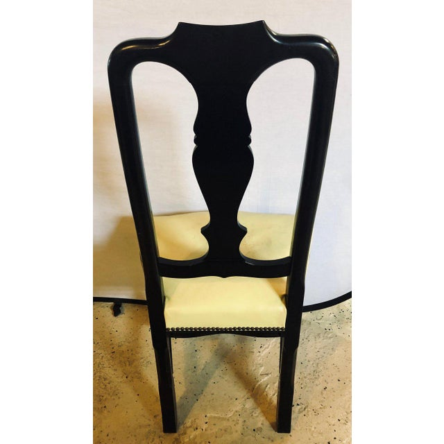 Set of Eight Queen Anne Ebonized and Gilt Decorated Dining Chairs For Sale In New York - Image 6 of 13