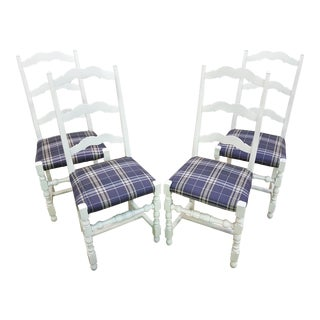 Vintage French Country White Oak Set of Four Ladder Back Dining Chairs For Sale