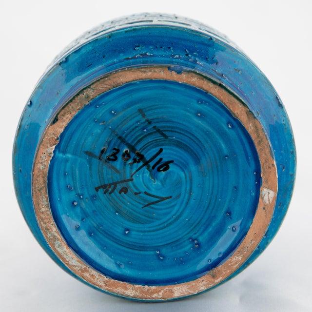 """Blue """"Rimini Blu"""" Ceramic Vase by Aldo Londi for Bitossi, Circa 1960s For Sale - Image 8 of 10"""