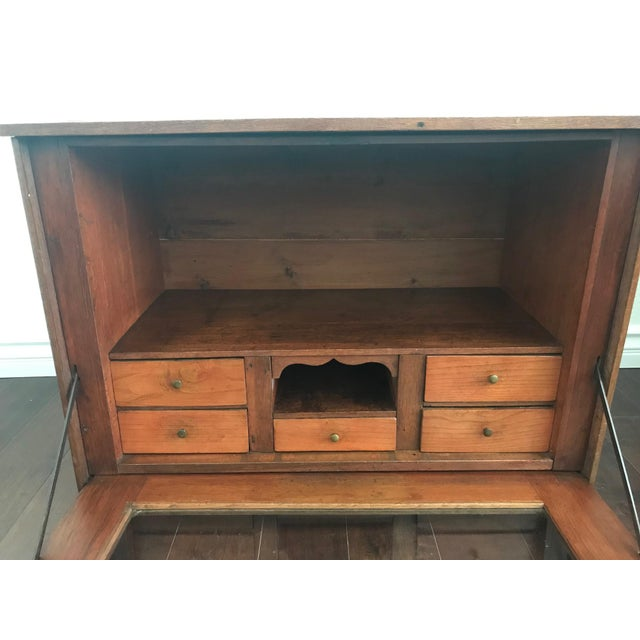 19th Century Traditional Cigar Humidor/Secretary Cabinet For Sale In Los Angeles - Image 6 of 8