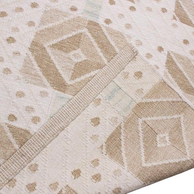 2010s Rug & Kilim's Scandinavian-Inspired Geometric Cream Gray Natural Wool Rug - 10′4″ × 14′1″ For Sale - Image 5 of 6