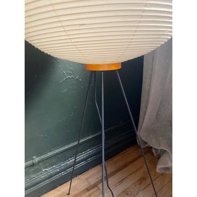 Isamu Noguchi Isamu Noguchi 10a Floor Lamp For Sale - Image 4 of 5