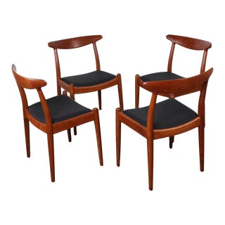 Set of Four Dining Chairs by Hans Wegner For Sale