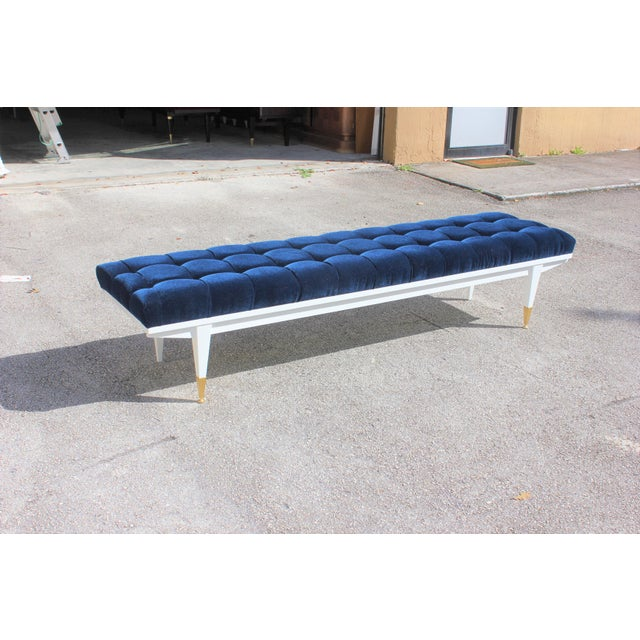 French Art Deco Snow White Lacquered Long Sitting Bench, circa 1940s. - Image 3 of 11