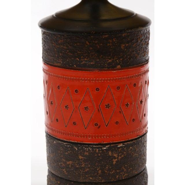 Pair of Fabulous Ceramic and Enameled Metal Italian Lamps For Sale - Image 4 of 6