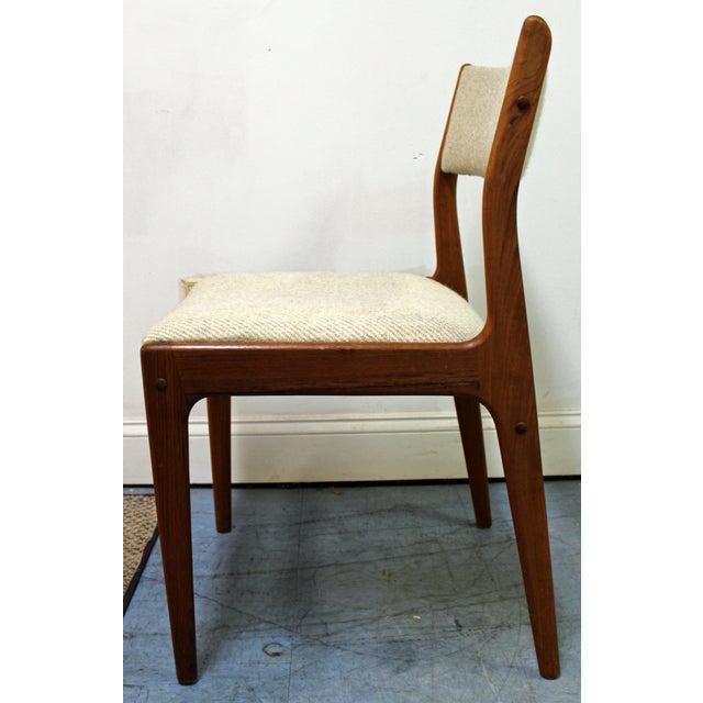 Mid-Century Modern Johannes Andersen Uldum Danish Modern Teak Dining Chairs - Set of 8 For Sale - Image 3 of 12