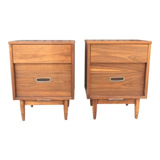 Mid Century Nightstands by Hooker for Mainline For Sale