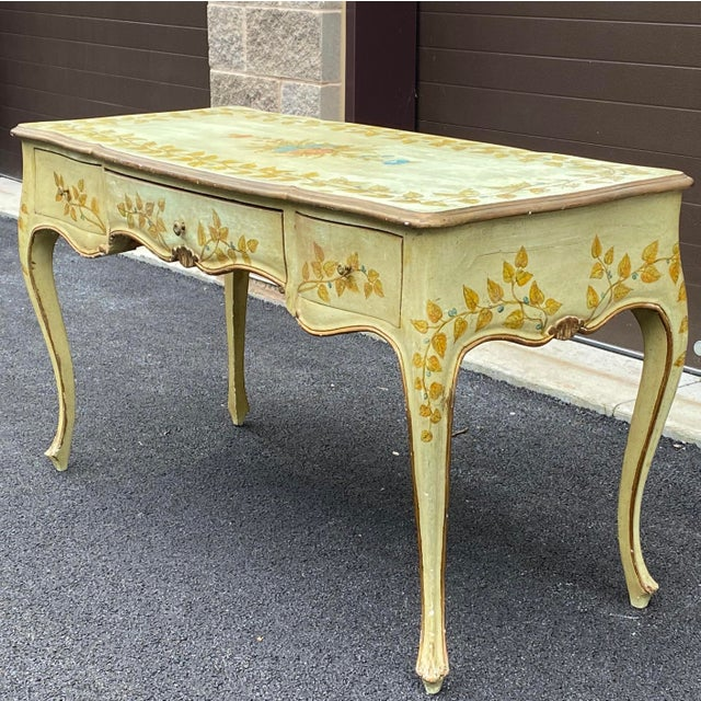 Distressed French Provincial Painted Desk For Sale In Philadelphia - Image 6 of 13