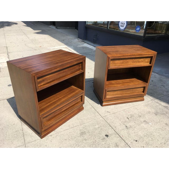 Art Deco 1950s Mid Century Modern Triangle Brand Mahogany Nightstands - a Pair For Sale - Image 3 of 11