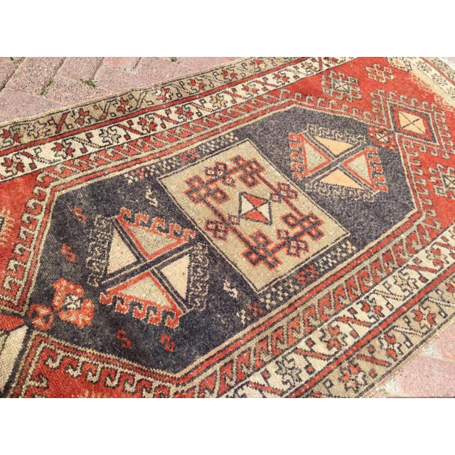 Vintage Hand Knotted Turkish Runner For Sale In Raleigh - Image 6 of 8
