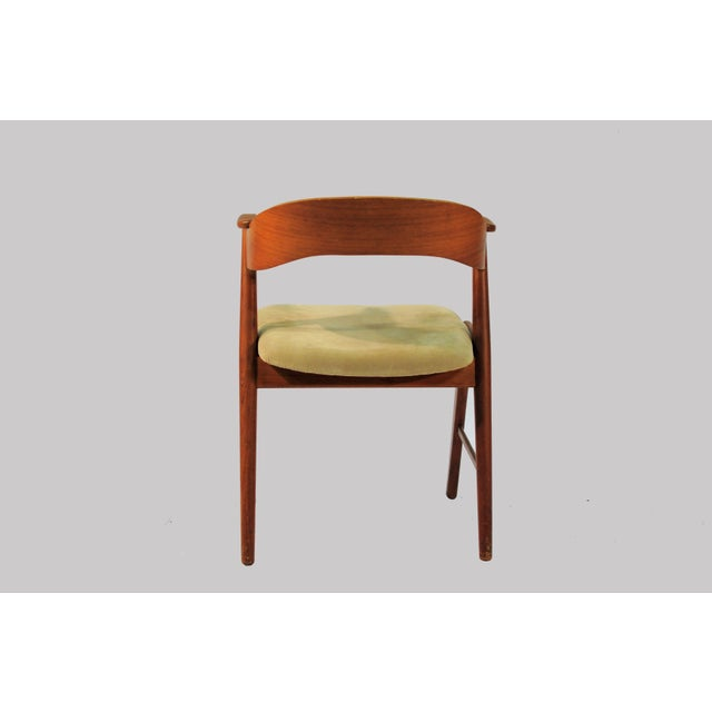 1960s 1960s Vintage Danish Teak Model 32 Dining Chairs - Set of 8 For Sale - Image 5 of 9