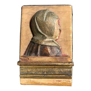 16th Century Flemish Carving of the Madonna For Sale