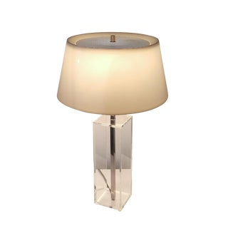 1960s Mid-Century Modern Laurel Lucite Desk Lamp For Sale